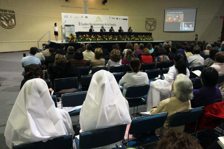 II Cumbre Iberoamericana de la Familiar